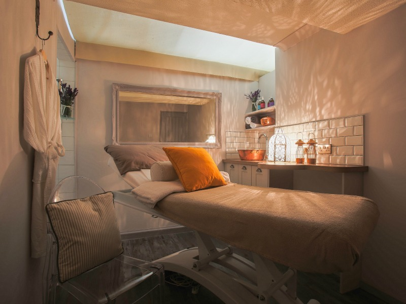 Finn-Jordan-Treatment-Room